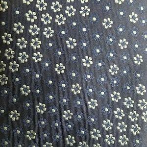 THOMAS PINK floral polkadot woven silk navy tie